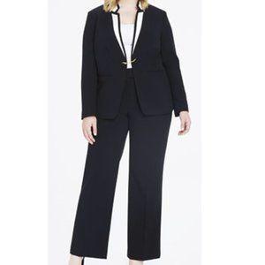 NEW Tahari Plus Colorblocked Collar Crepe Pantsuit